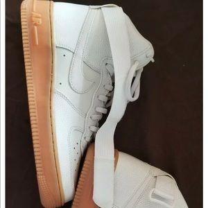 Nike Air Force 1 High Top 07 LV8